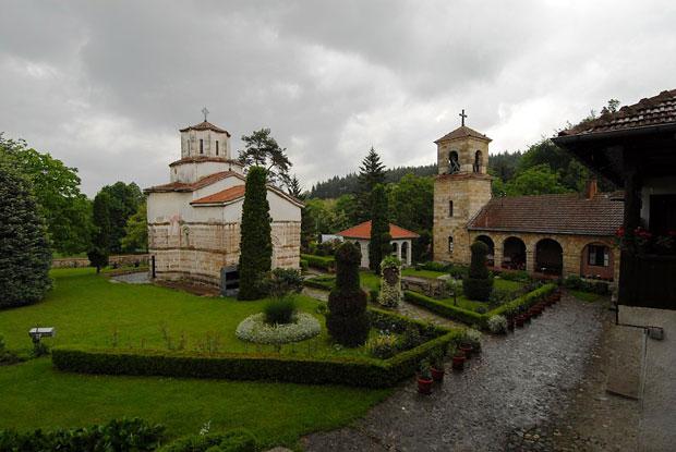 TRSTENIK-Manastir-Veluce-fo